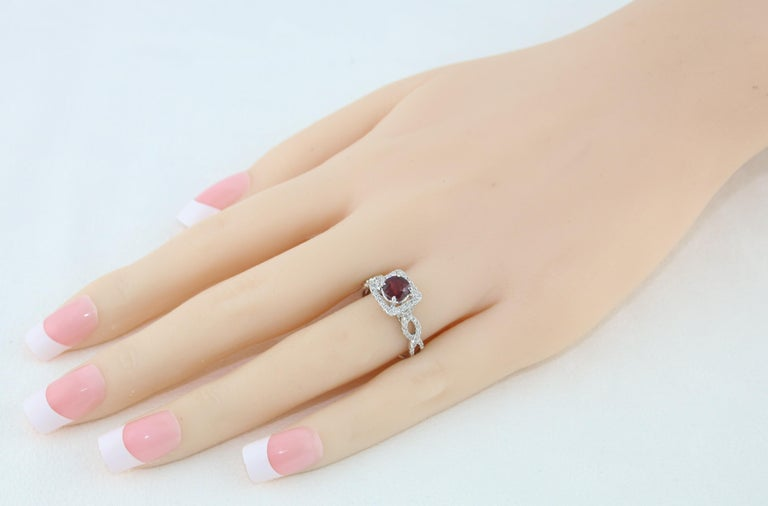 Contemporary AGL Certified 1.04 Carat Round Ruby Diamond Gold Ring For Sale