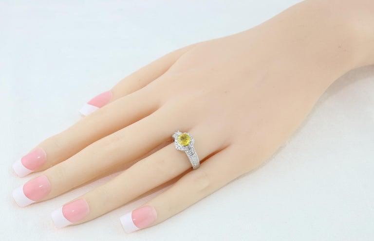 Women's AGL Certified 1.05 Carat Yellow Sapphire Diamond Gold Milgrain Filigree Ring For Sale