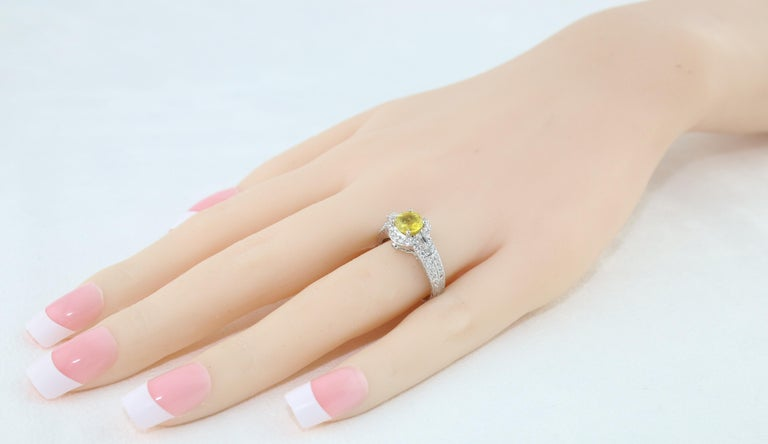 AGL Certified 1.05 Carat Yellow Sapphire Diamond Gold Milgrain Filigree Ring For Sale 2