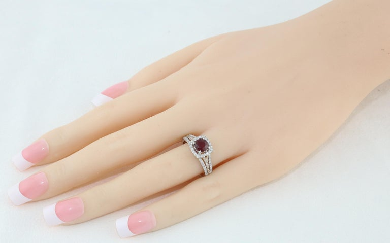 Contemporary AGL Certified 1.09 Carat Round Ruby Diamond Gold Ring For Sale