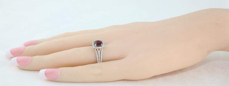 AGL Certified 1.09 Carat Round Ruby Diamond Gold Ring For Sale 1