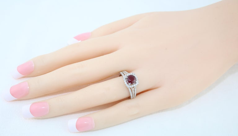 AGL Certified 1.09 Carat Round Ruby Diamond Gold Ring For Sale 3