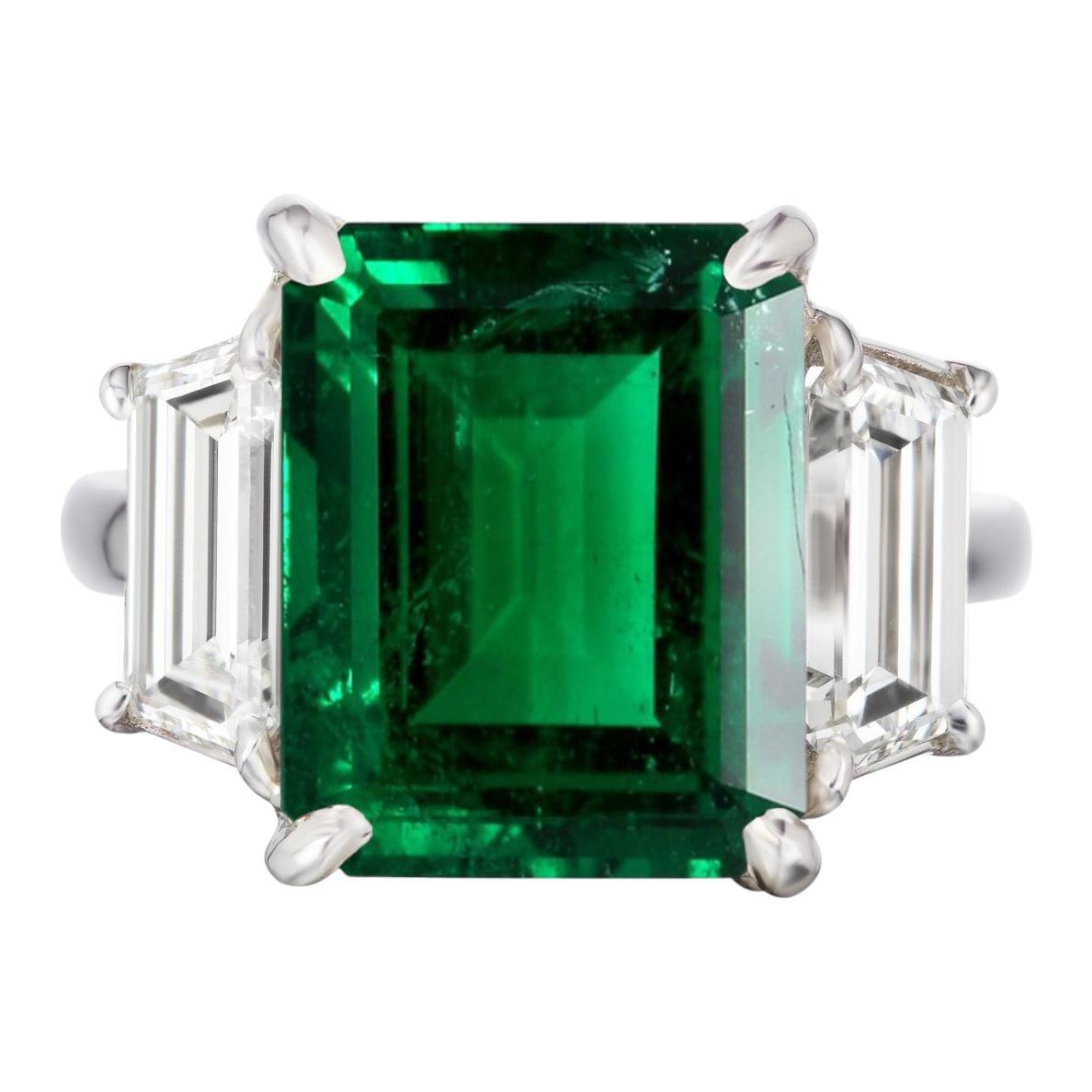 AGL Certified 11 Carat Insignificant Oil Emerald Diamond Three Stone Ring