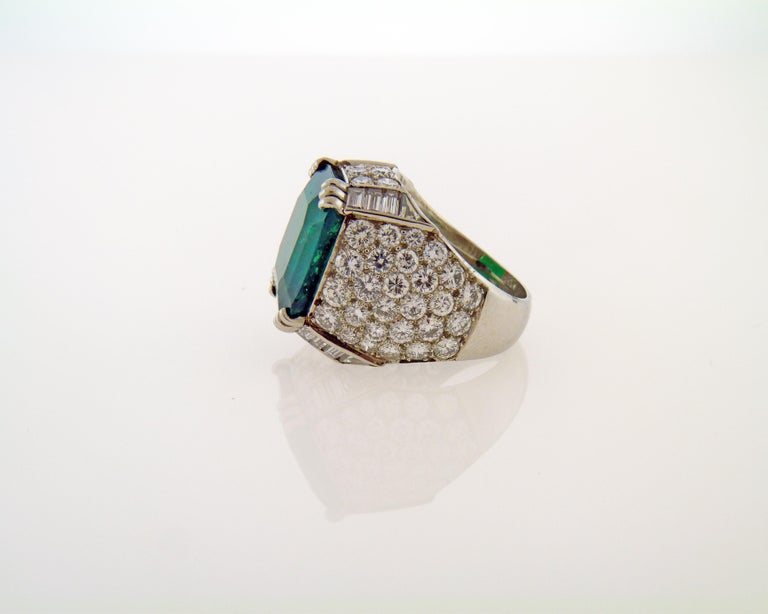 Cushion Cut AGL Certified 11.38 Carat Colombian Emerald Cocktail Ring For Sale