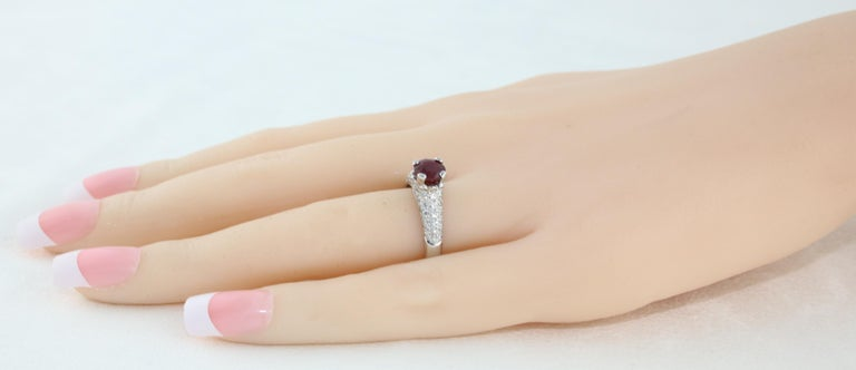 AGL Certified 1.14 Carat Round Ruby Diamond Gold Pave Ring For Sale 2
