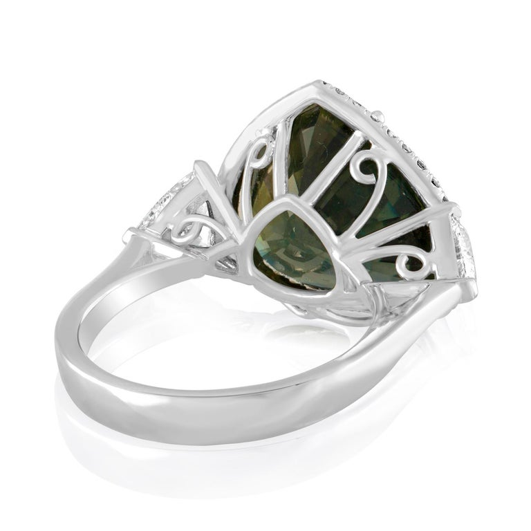 Contemporary AGL Certified 11.61 Carat No Heat Bluish Green Sapphire Diamond Ring For Sale