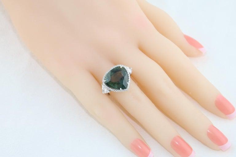 AGL Certified 11.61 Carat No Heat Bluish Green Sapphire Diamond Ring For Sale 2