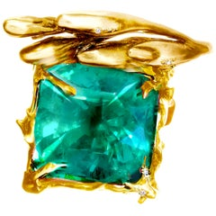 AGL Certified 11.84 Carat Colombian Emerald Ring by Artist, 18 Karat Yellow Gold