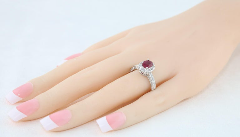 AGL Certified 1.29 Carat Burma Ruby and Diamond Halo Gold Milgrain Ring In New Condition For Sale In New York, NY