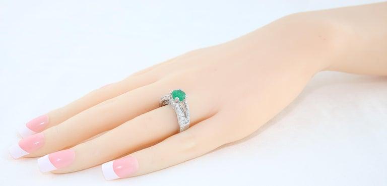 Women's AGL Certified 1.30 Carat Emerald Diamond Gold Milgrain Filigree Ring For Sale