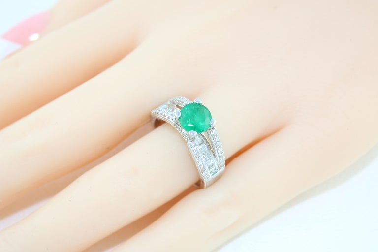 AGL Certified 1.30 Carat Emerald Diamond Gold Milgrain Filigree Ring For Sale 3