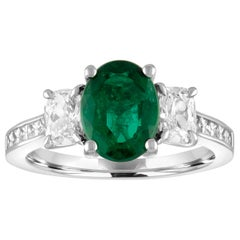 AGL Certified 1.55 Carat Oval Emerald Three-Stone Diamond Gold Ring