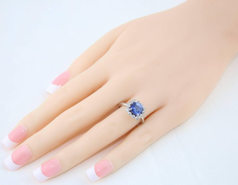 AGL Certified 2.59 Carat No Heat Violet Blue Sapphire Diamond Gold Ring In New Condition For Sale In New York, NY