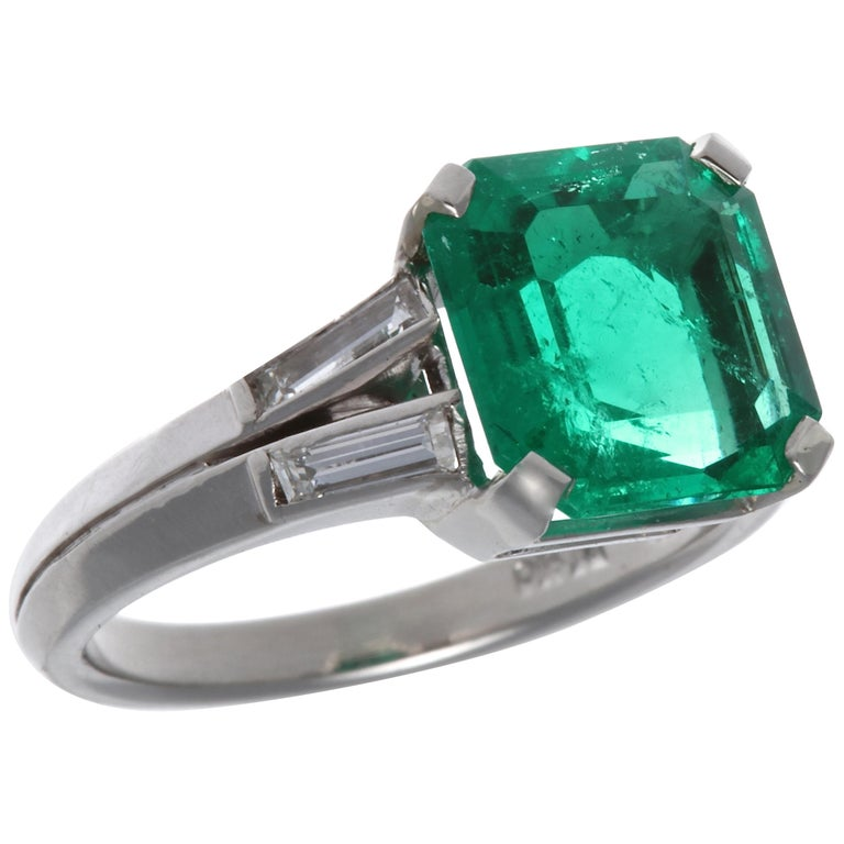 AGL Certified 2.60 Carat Columbian Emerald Gubelin Platinum Ring For Sale