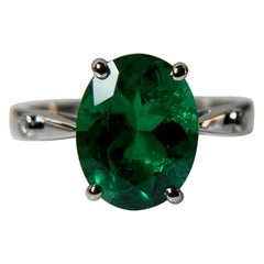 AGL Certified 3.13 Carat Colombian Emerald, Platinum and Diamond Engagement Ring