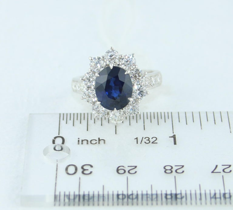 AGL Certified 4.07 Carat No Heat Oval Blue Sapphire Diamond Gold Ring For Sale 5