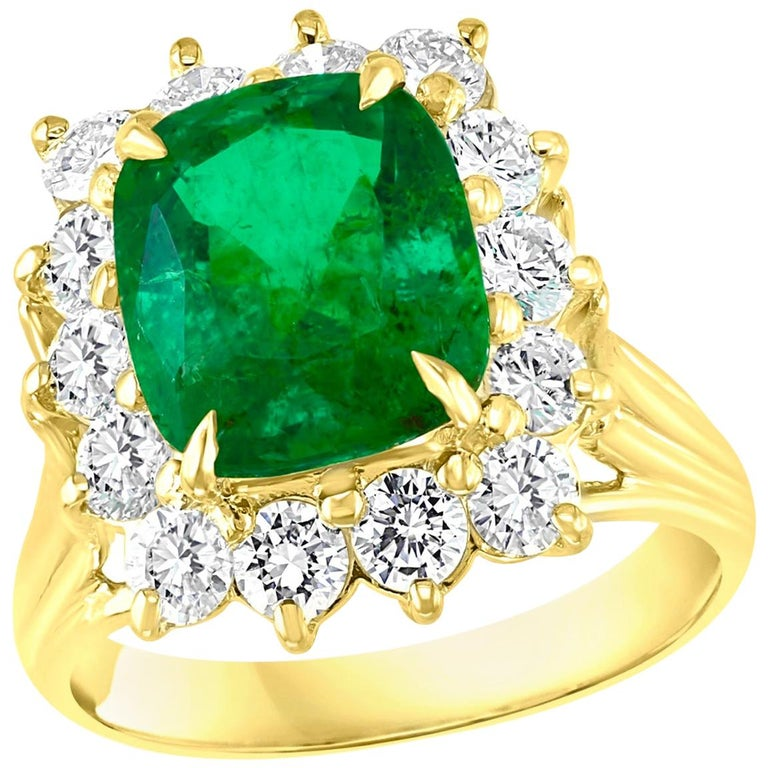 AGL Certified 4.2 Carat Cushion Cut Colombian Emerald & Diamond Ring 18K Y Gold For Sale