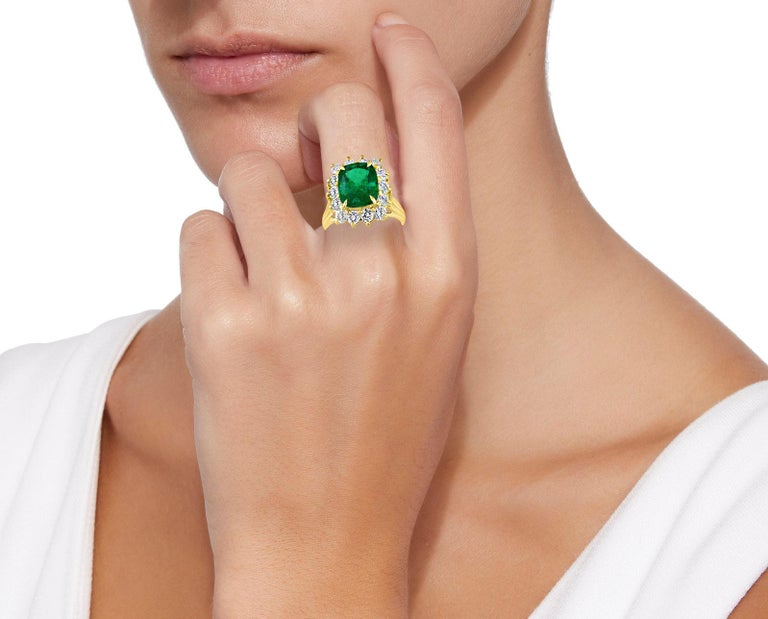AGL Certified 4.2 Carat Cushion Cut Colombian Emerald & Diamond Ring 18K Y Gold For Sale 1