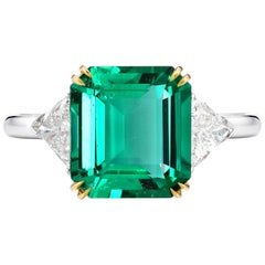 AGL Certified 4.50 Carat Insignificant No Oil Green Emerald Diamond Ring