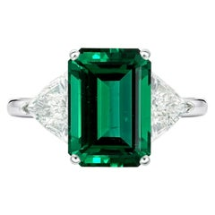 AGL Certified 4.50 Carat Zambian Emerald Trillion Diamond Ring