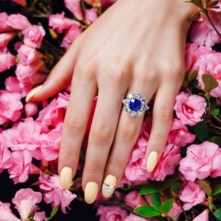 AGL Certified 4.90 Carat Unheated Kashmir Sapphire Diamond Cluster Platinum Ring For Sale 4