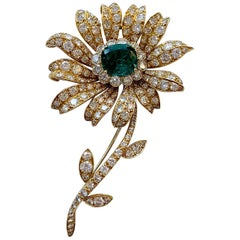 AGL Certified Emerald and Diamond 18 Karat Yellow Gold Brooch by VCA