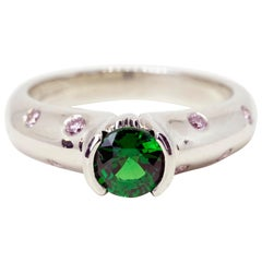AGL Certified Green Tsavorite 0.89 Carat and Pink Diamonds Ring