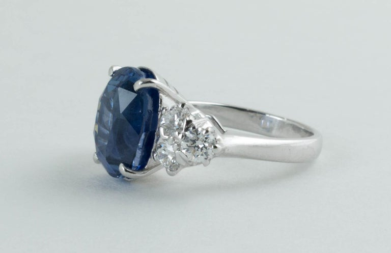 Oval Cut AGL Certified Natural No Heat Ceylon Blue Sapphire Diamond Gold Ring For Sale
