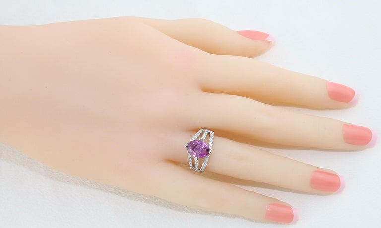 Oval Cut AGL Certified No Heat 2.86 Carat Oval Purple Pink Sapphire Diamond Gold Ring For Sale
