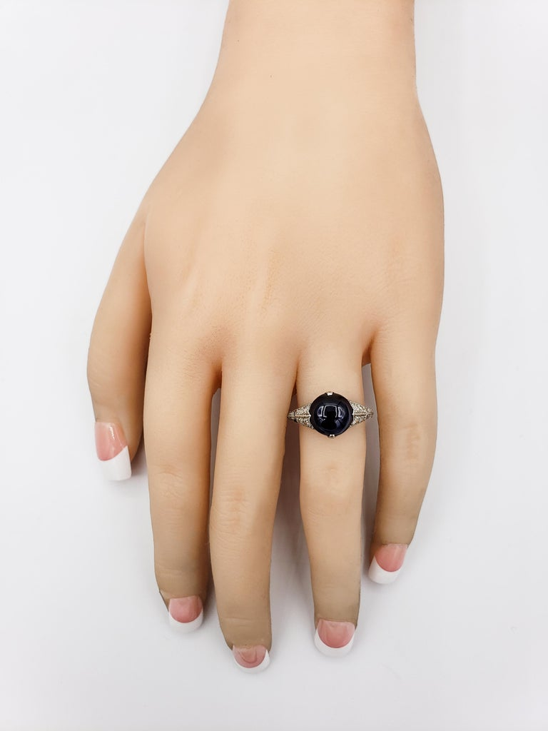 AGL Certified Round Cabochon No Heat Blue Sapphire and Diamond Ring In Good Condition For Sale In New York, NY