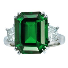 Vivid Diamonds 9.79 Carat Tsavorite Garnet and Diamond Three-Stone Ring