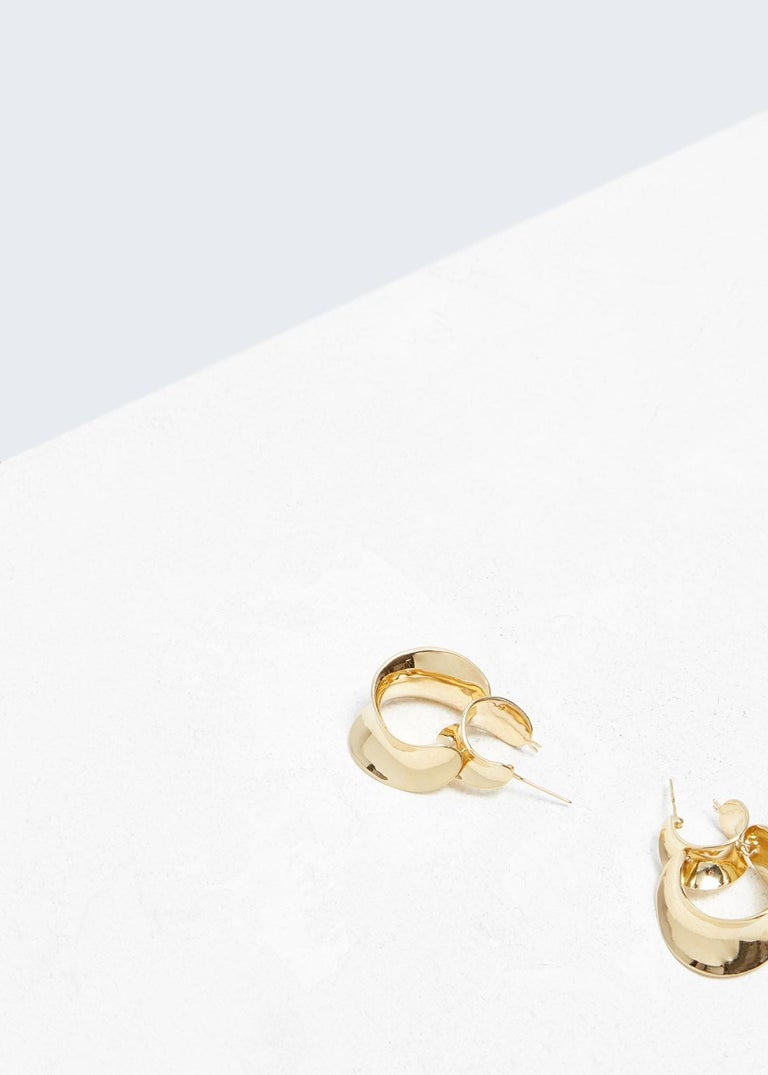 AGMES Gold Vermeil Double Hoop Layered Curve Earrings In New Condition For Sale In New York, NY