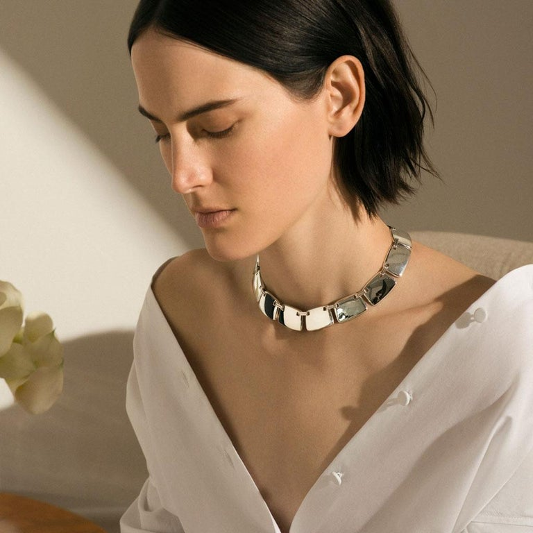 Contemporary AGMES Sterling Silver Unique Elegant Link Collar Necklace For Sale