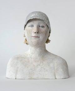 Fille a la casquette argente