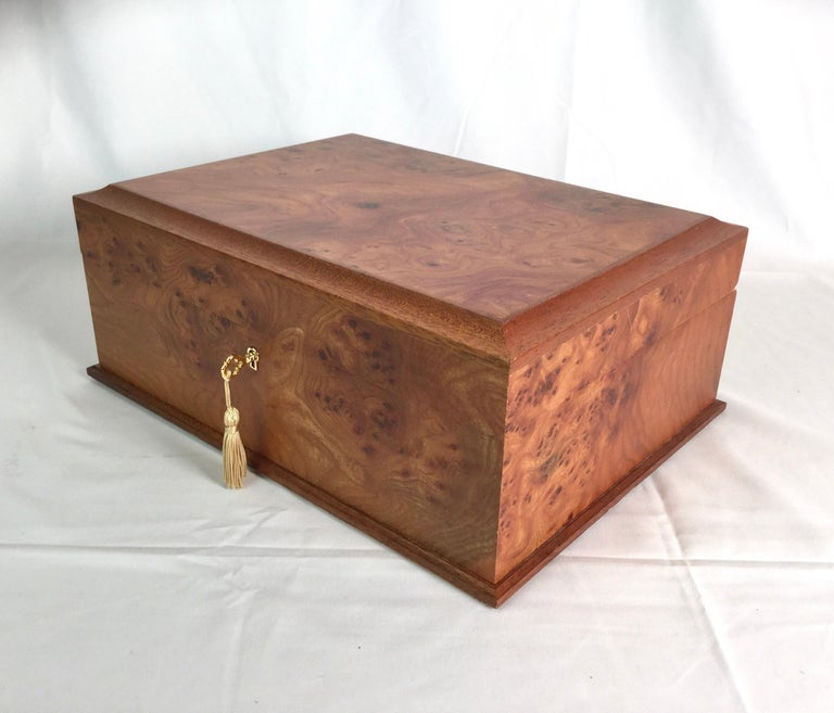 Agresti Italian Briarwood Jewelry Box In Excellent Condition For Sale In Lambertville, NJ