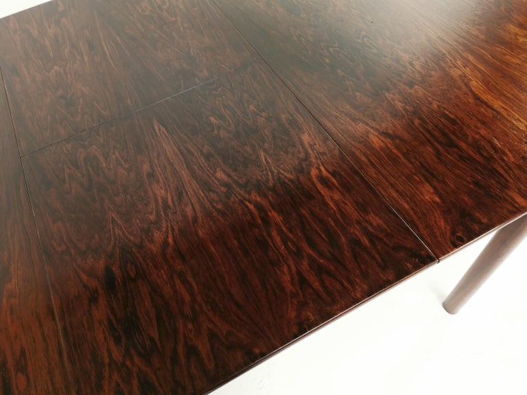 Mid-Century Modern A.H. McIntosh of Kirkcaldy Rosewood Extending Dining Table Midcentury, 1970 For Sale