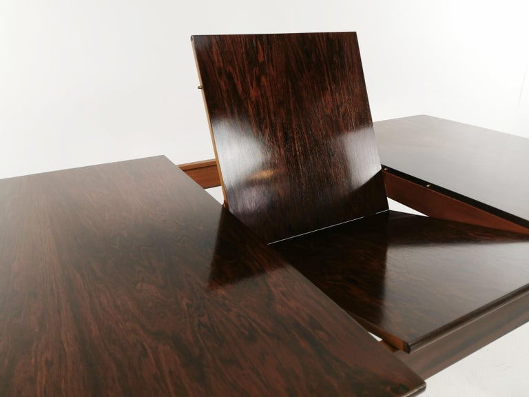 British A.H. McIntosh of Kirkcaldy Rosewood Extending Dining Table Midcentury, 1970 For Sale