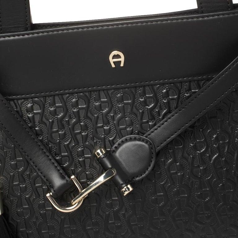 Aigner Black Signature Embossed Leather Cavallina Tote For Sale 4