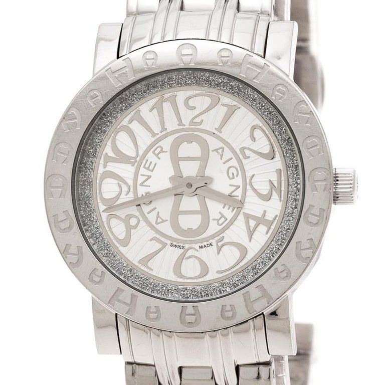 Contemporary Aigner Silver Stainless Steel Cortina A26300 Women's Wristwatch 35 mm For Sale