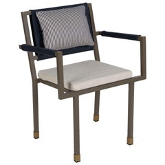 Aire Chair with Armrests