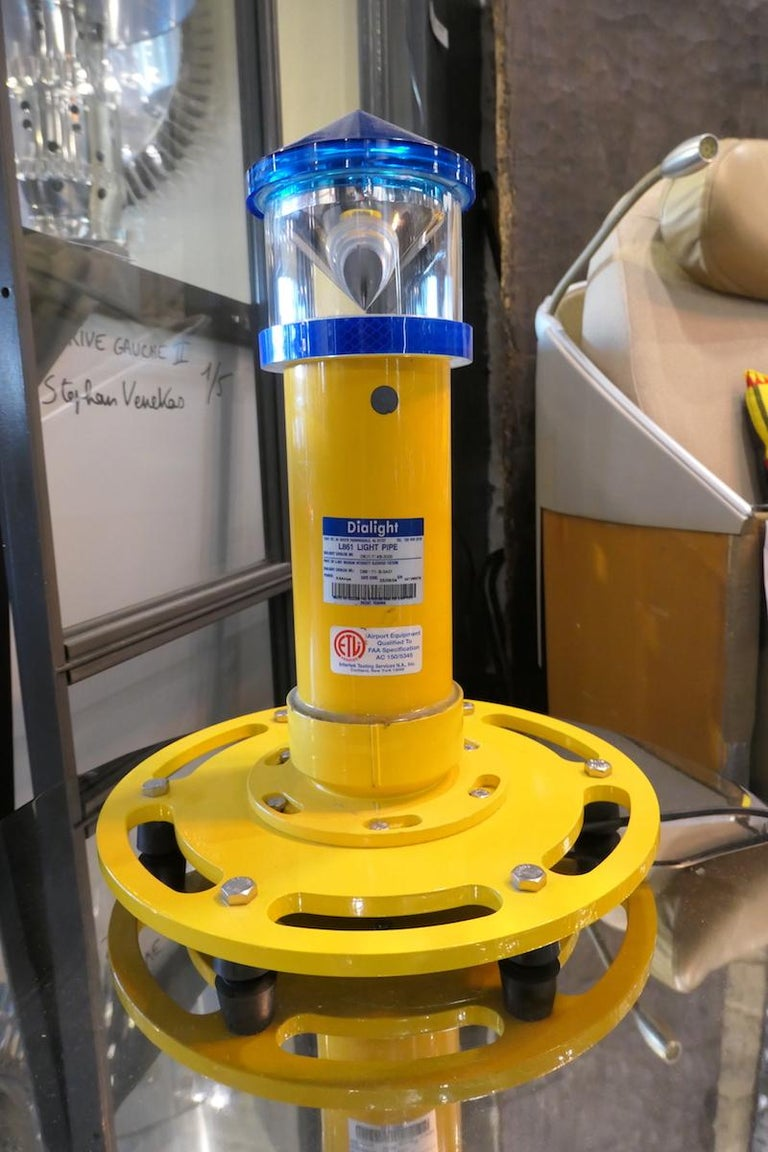 American Airport  Equipment Runway Light Dialight For Sale