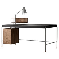 AJ52 Large Society Table in Walnut Oil by Arne Jacobsen