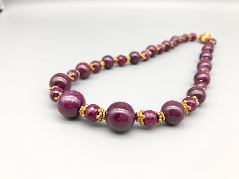 A.Jeschel A single graduated strand of Rubies. In New Condition For Sale In Miami, FL