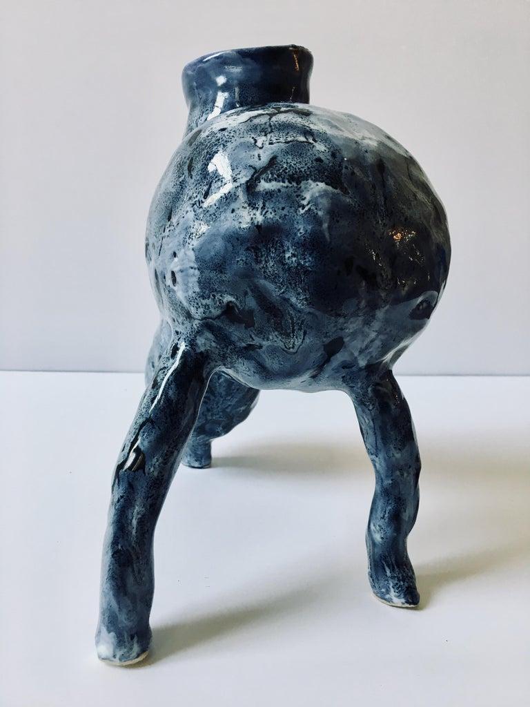 Sculpture ceramic vessel: 'Creature Medium No 3' For Sale 4