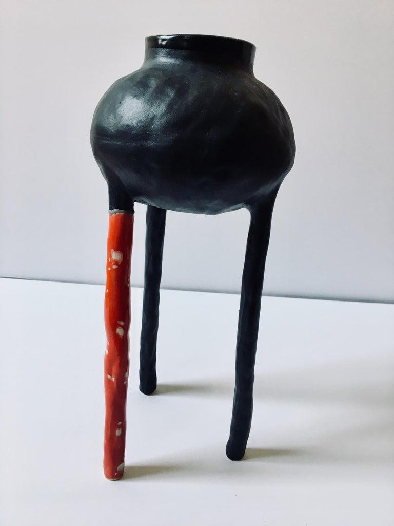 Ak Jansen Abstract Sculpture - Sculpture ceramic vessel: 'Creature Medium No 8'