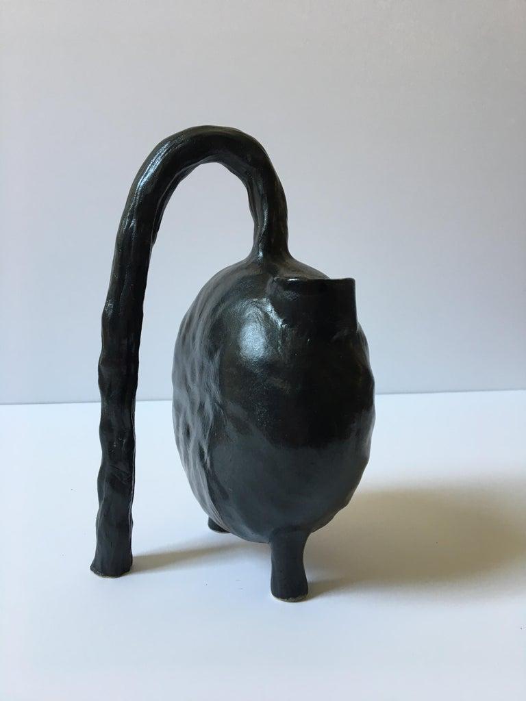 Sculpture ceramic vessels: 'Creatures No. 1, 6, 8' For Sale 7