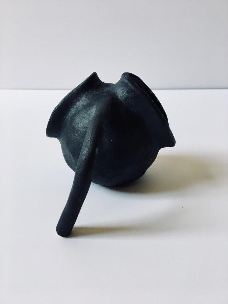 Sculpture ceramic vessels: 'Creatures No. 1, 6, 8' For Sale 12