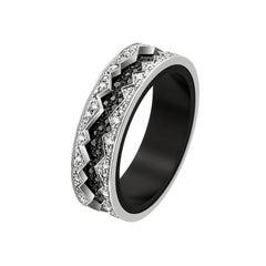 Akillis Capture in Motion Ring 18 Karat White Gold Black and White Diamonds