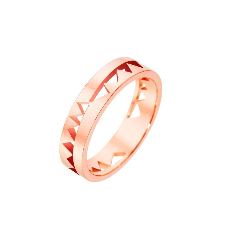 Akillis Capture Me Band Ring 18 Karat Rose Gold For Sale