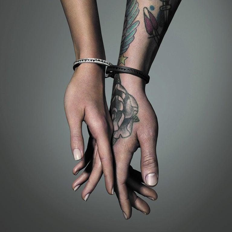 Akillis Capture Me Bracelet Titanium Half-Set Black Diamonds In New Condition For Sale In Paris, FR
